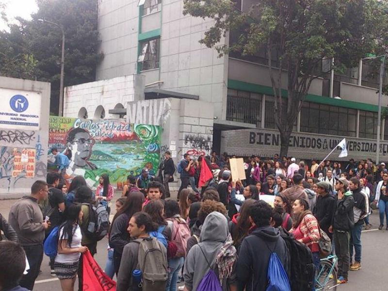 El movimiento estudiantil se reactiva con masiva marcha en las calles de Bogotá