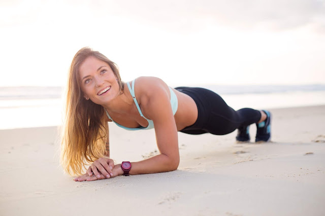 Plank: l'esercizio che fa lavorare tutto il corpo