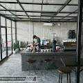 TOKO KOPI BERSAUDARA Kafe Berkonsep Industrial Unfinished