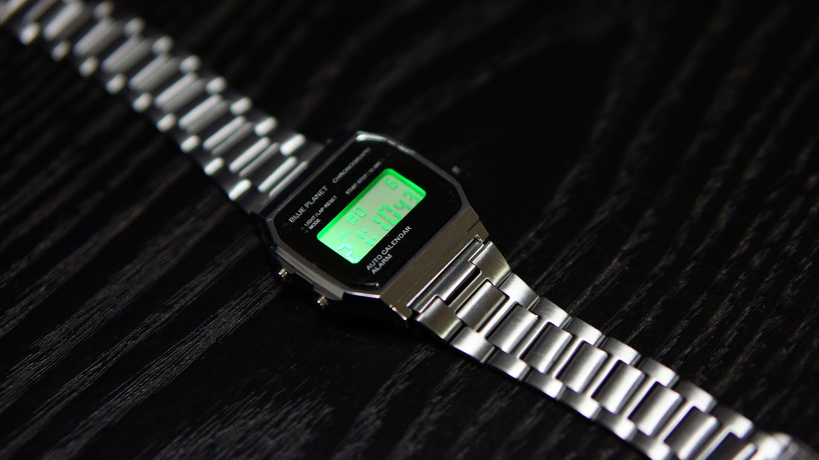 【DAISOの新しい腕時計】300円で出来るサラリーマンを演出する ...