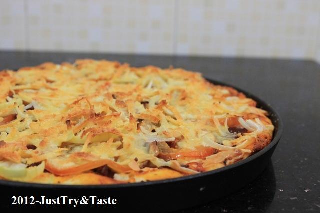 Resep Adonan Pizza Empuk, Garing & Renyah Tanpa Ulenan