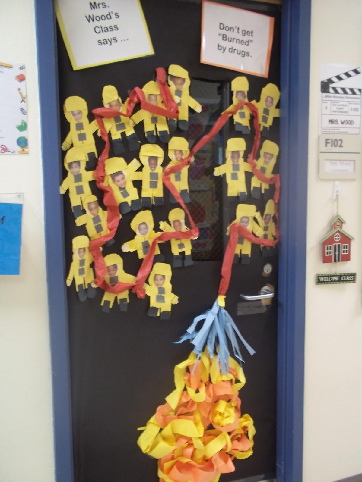 Red Ribbon Week Door Decorating Ideas Elitflat