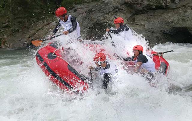 Arung Jeram Sungai Binge