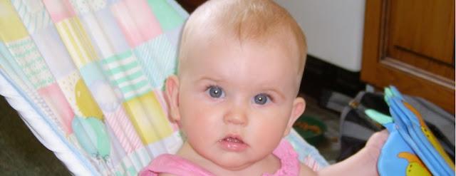 merawat bayi umur 5 bulan