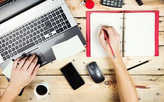 Menulis Artikel Dan Memikat Pembaca Anda