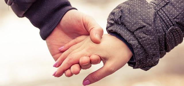 Suami Harus Tahu!! Ini 9 Cara Menyenangkan Hati Istri
