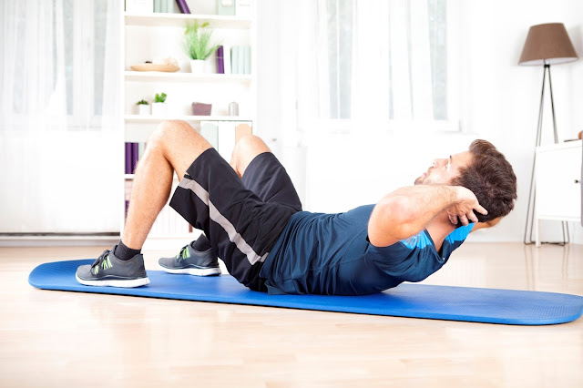 Man doing sit ups - iHealthSphere