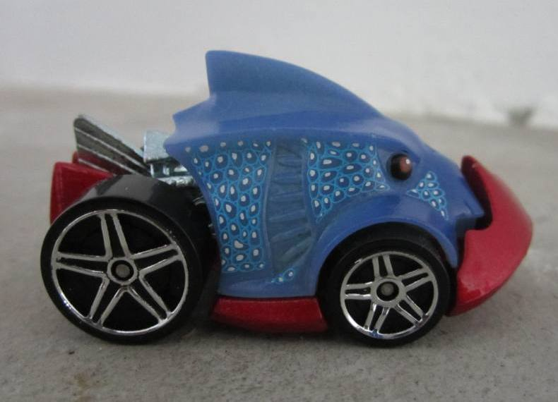 Transformers And Other Hotwheels Color Shifters Piranha Terror