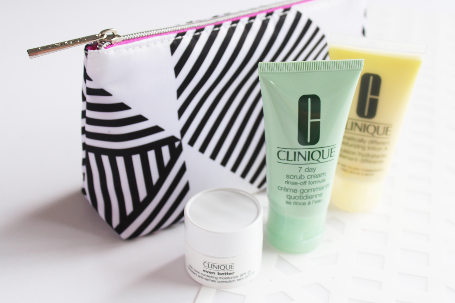 CLINIQUE | Gift With Purchase March '16 - CassandraMyee