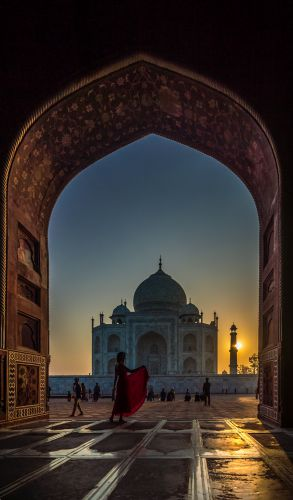 Taj as seen from the Mosque on left side