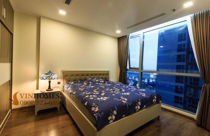 Park 4 Vinhomes cho thuê căn hộ 4 phòng ngủ view trực diện công viên | phòng ngủ chính