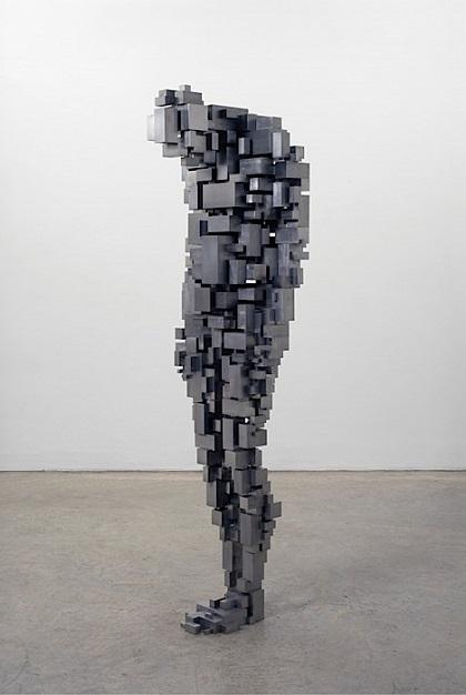"Antony Gormley - ""Loss"", 2006. | imagenes obras de arte figurativo abstracto, esculturas figurativas abstractas de metal, bellas, tristes | art pictures inspiration, cool stuff"
