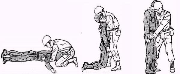 طريقة رجال الاطفاء في حمل المصاب