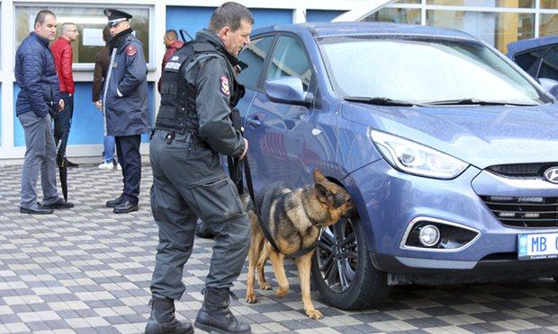 A polícia do Kosovo diz que impediu ataques terroristas sincronizados planejadas em Kosovo e nos Balcãs, a aquipe de futebol de Israel era o alvo