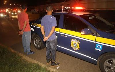 Motorista fura bloqueio e atropela Guarda Municipal de Ponta Grossa (PR) nos Campos Gerais