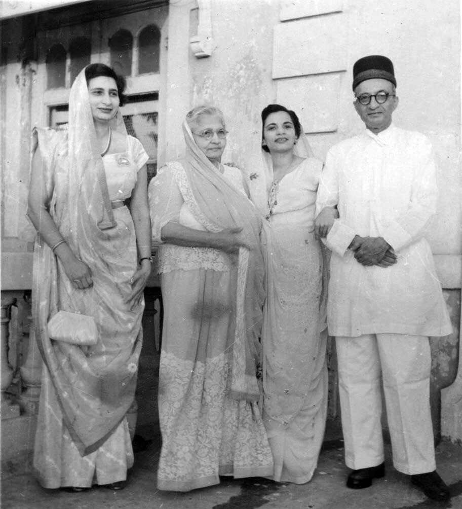 Parsi Family of Bombay (Mumbai) - India 1961