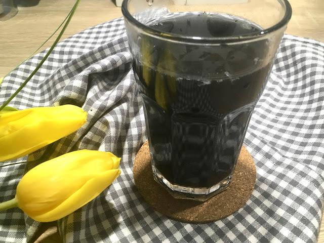 Black lemonade - napój z węglem aktywnym