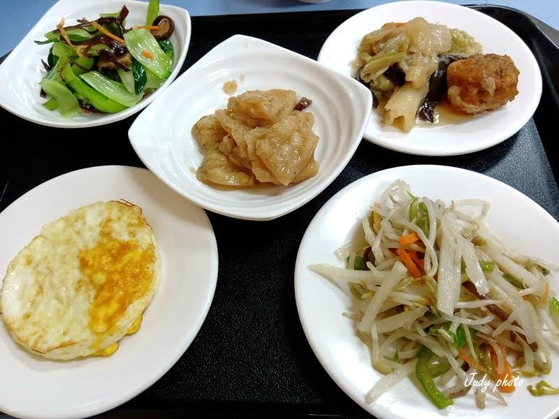 草屯素食小吃-草鞋墩清粥素食