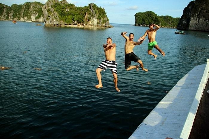 Những gợi ý để bạn có chuyến tham quan tuyệt vời vịnh Hạ Long