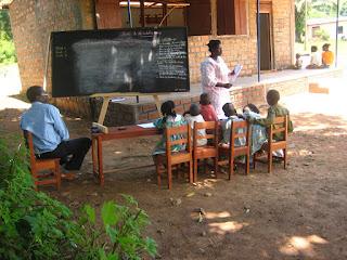 В одной из школ, работающих с фондом Ахдие