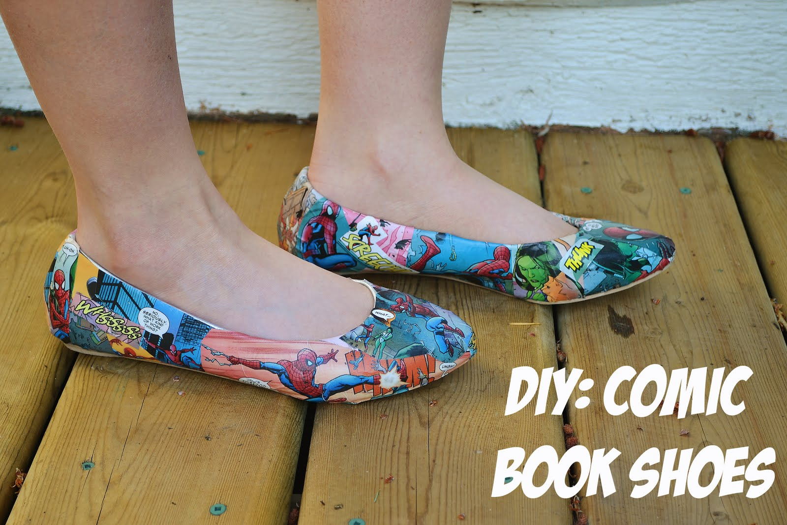 02884e1b067b p.s.♡  diy  comic book shoes
