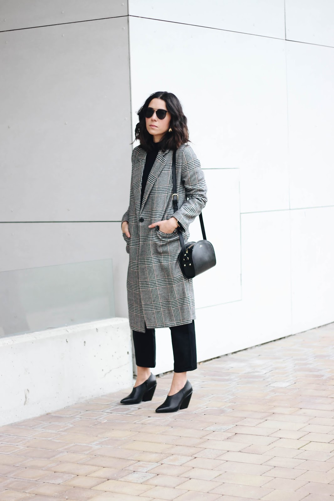 LONG HM COAT HM POINTED HEELS COS JEANS