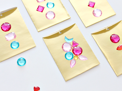 http://www.whitehousecrafts.net/single-post/2016/10/25/FANCY-GEMSTONE-GIFT-CARD-ENVELOPES