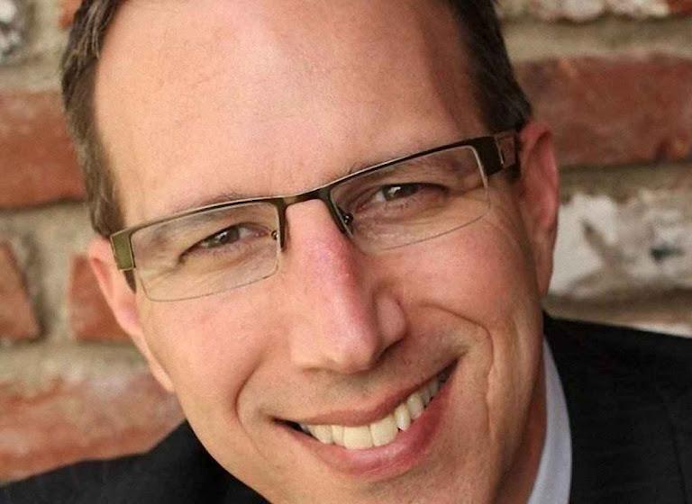 Marc Goodman  é especialista em cibercrime e colaborador do FBI, da OTAN e da Interpol.