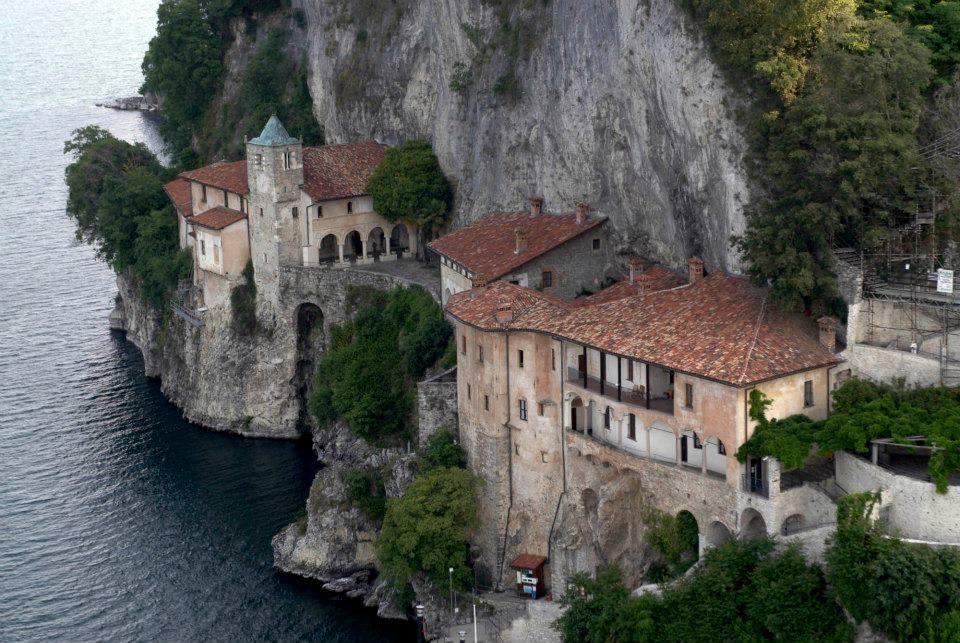 B b apartment cosi 39 come a casa for Lago maggiore casa