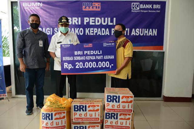 Jefirstson Riwu Kore Terima Bantuan Sosial ke Panti Asuhan dari BRI Kupang