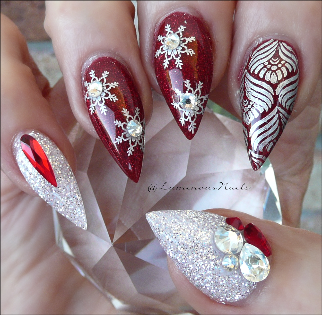 Luminous Nails Red, White \u0026 Silver Christmas Nails