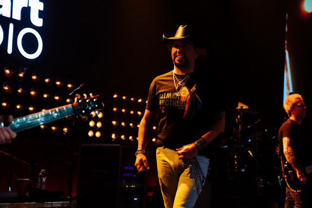 iHeartCountry Album Release Party with Jason Aldean