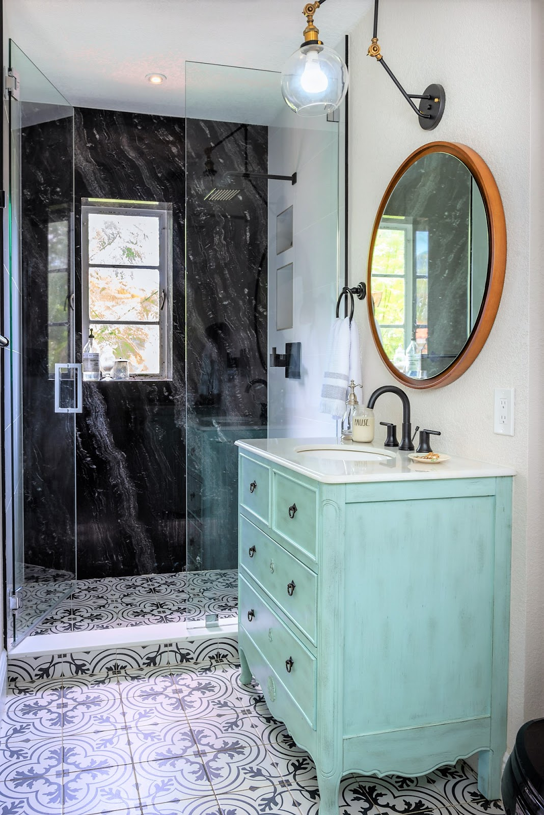 Live Laugh Decorate: Anatomy of a Bathroom Renovation