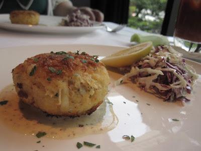 Luke's Oyster Bar & Chop House, crab cake