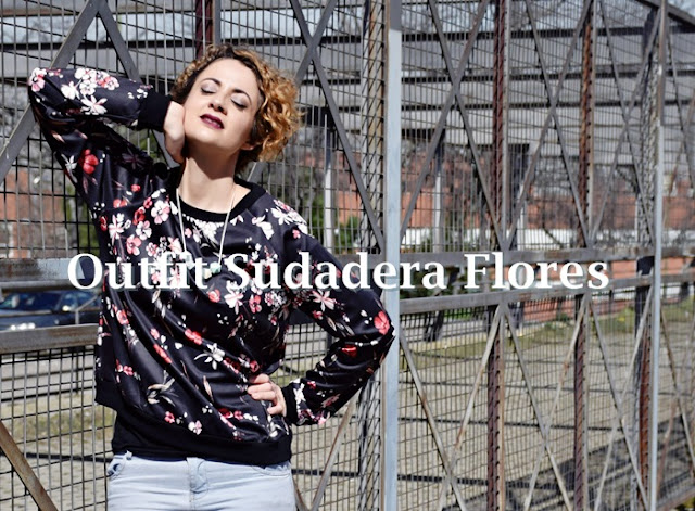 Outfit-Sudadera-flores-1