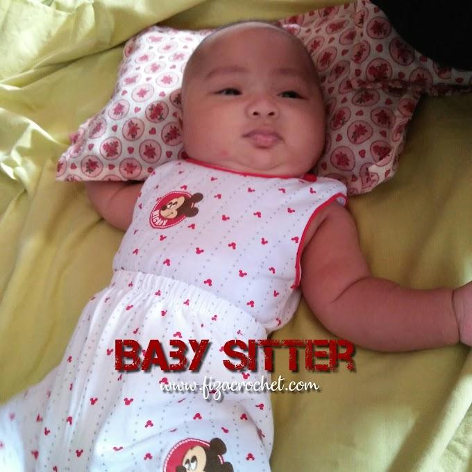 Sibuk Jadi Baby Sitter!