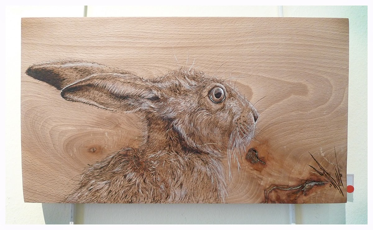 09-The-Hare-Eben-Cavanagh-Rautenbach-LeRoc-Animal-Drawings-using-Pyrography-www-designstack-co