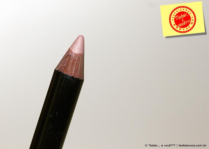 Lápis para Esfumar Olhos Ultra Color (Nude Luminoso) - Avon