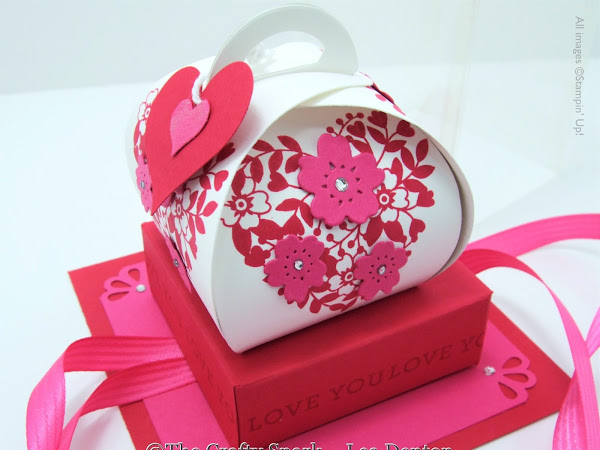 Valentine Curvy Keepsake Bloomin' Love Box with Display Case