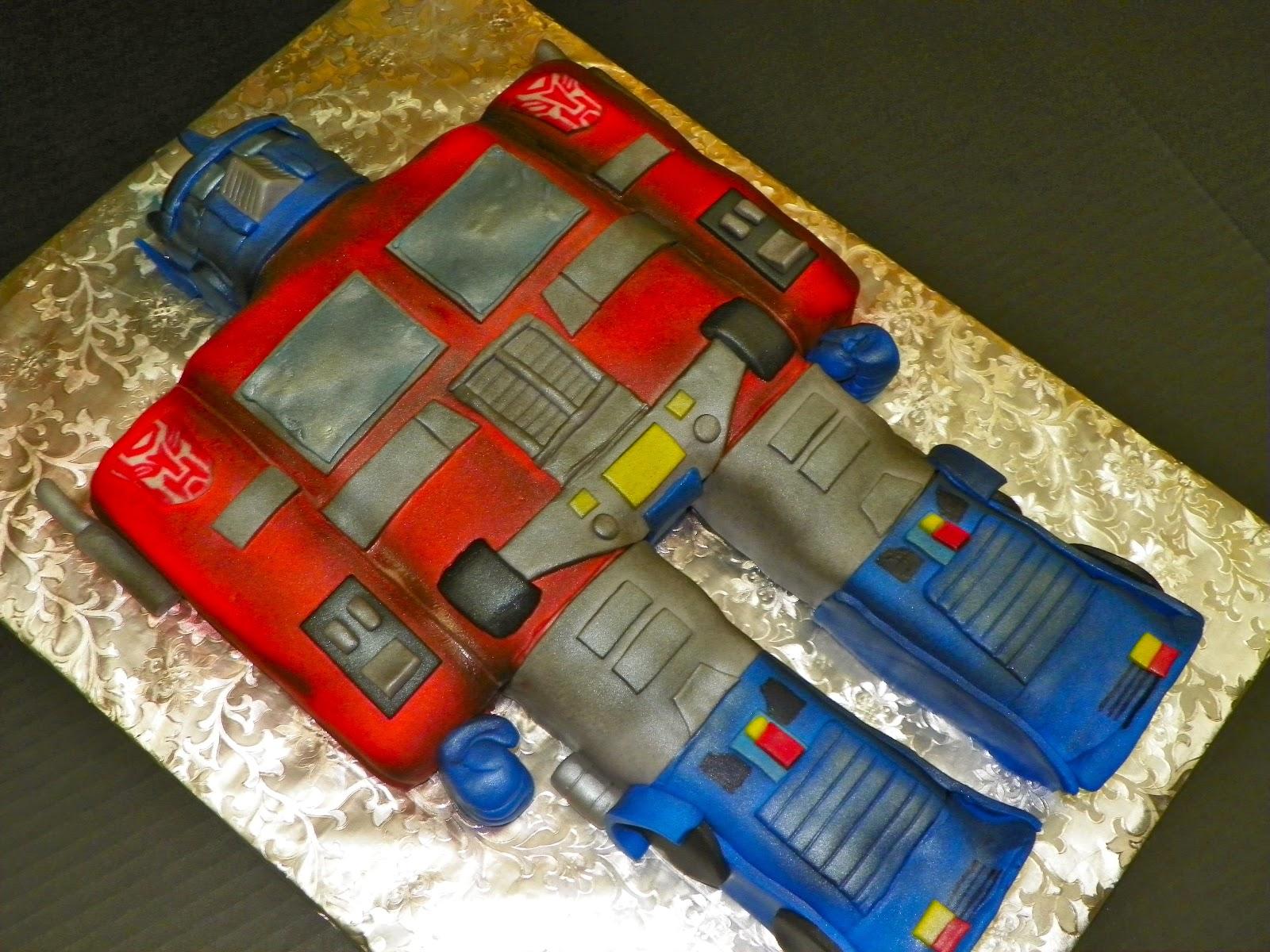 Plumeria Cake Studio Optimus Prime Transformers Cake