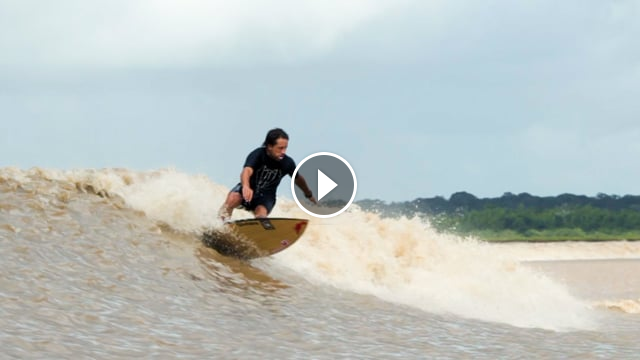Surfing the Amazon River s Endless Wave