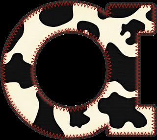 Abecedario con Piel de Vaca. Cow Skin Alphabet.