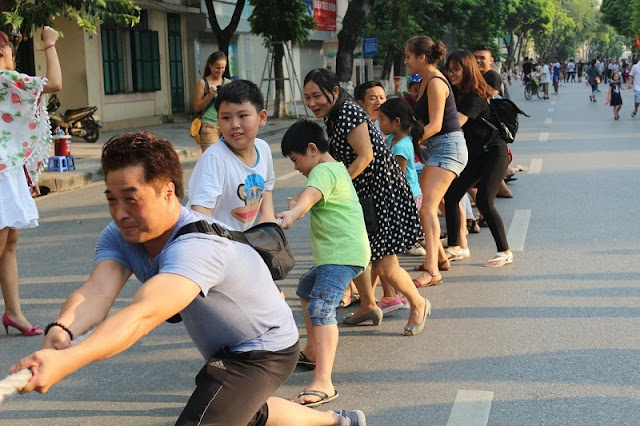 Walking street draws big crowds on weekend
