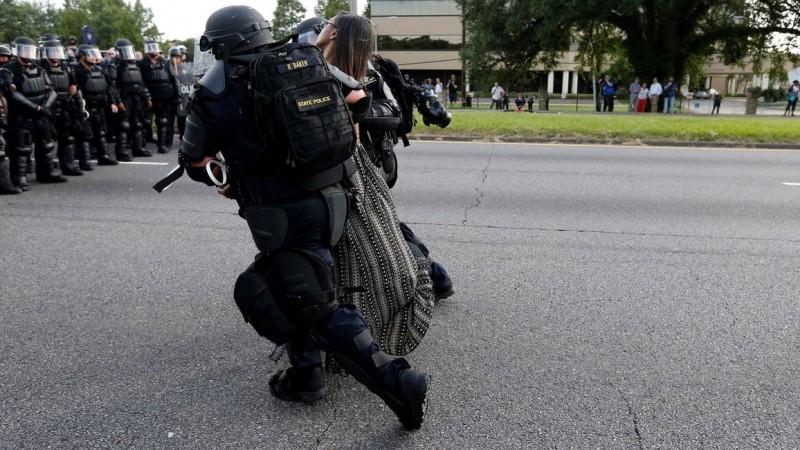 Momen saat Iesha Evans diamankan polisi