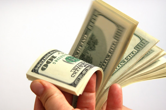سعر الدولار الان في مصر اليوم الاحد 15-1-2017 ترتفع داخل السوق السوداء والبنوك المصرية