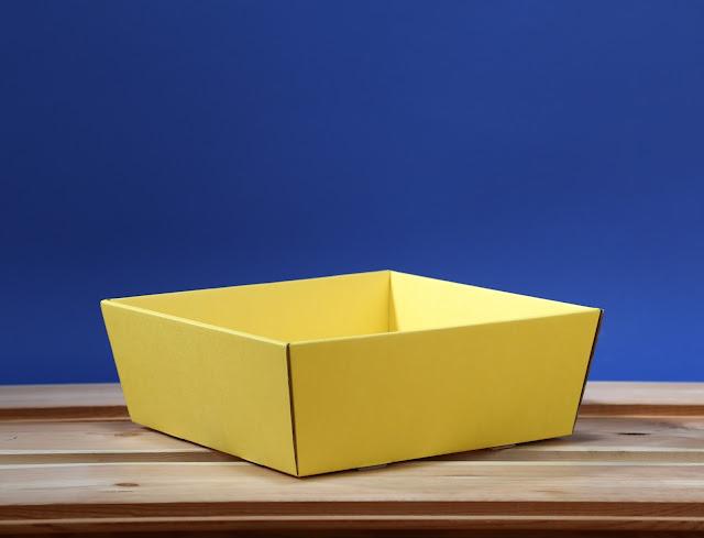 Kosz prezentowy 25 x 25 żółty