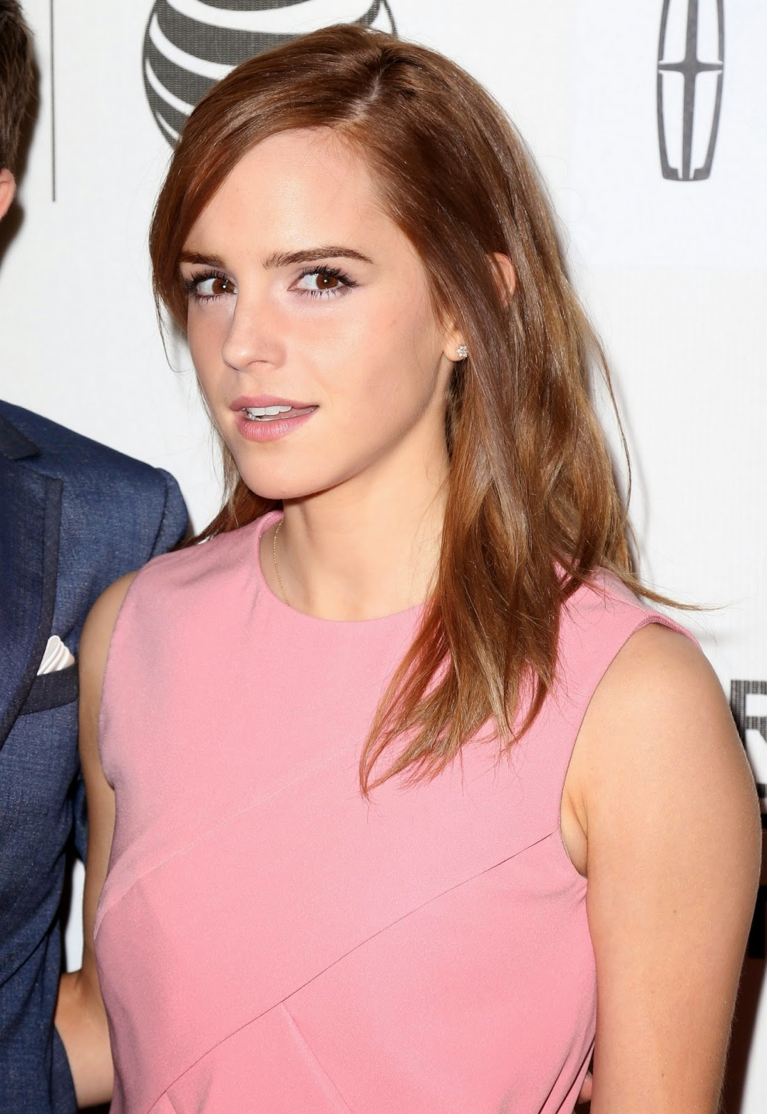 High Quality Bollywood Celebrity Pictures: Emma Watson