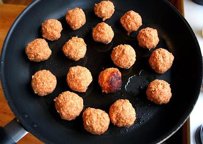 Oppskrift Soyaboller Soy4you Pastarett Soyagranulat Soyamince Alternativ Til Kjøttboller