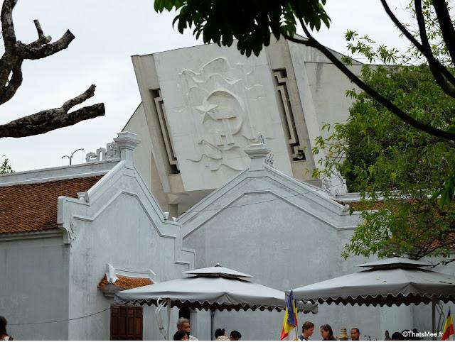 mausolee ho chi minh hanoi vietnam
