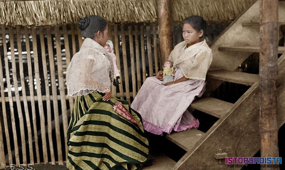 Filipino girls playing their dolls (c1930s)